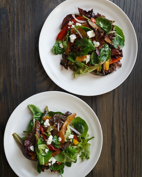 Balsamic-Grilled Portobello and Roasted Pepper Salad