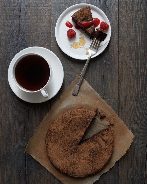 Flourless Dark Chocolate Cake with Raspberry Coulis