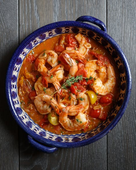 Garlicky Shrimp with White Wine and Tomatoes