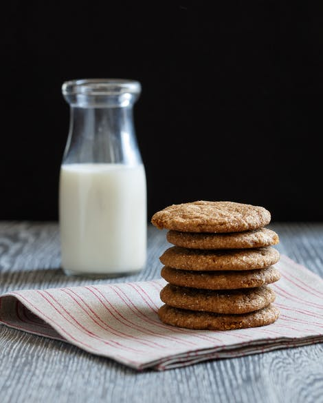 Ginger Spice Cookies with Cinnamon and Nutmeg