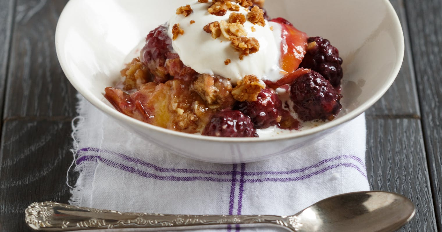 Best Peach Blackberry Crumble with Oatmeal Pecan Topping Recipe - The ...