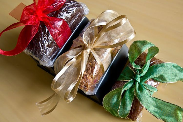 Holiday Gifts Homemade Mini Loaves The Yellow Table
